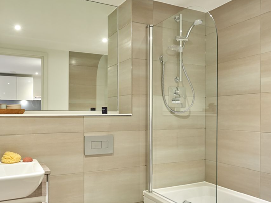 Charles Hope Apartments Birmingham Central Two Bedroom Apartment Bathroom.A