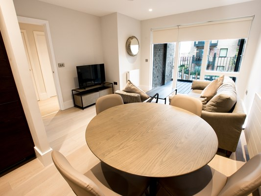 Charles Hope Heathrow North 1 Bedroom Apartment Lounge And Dining Room