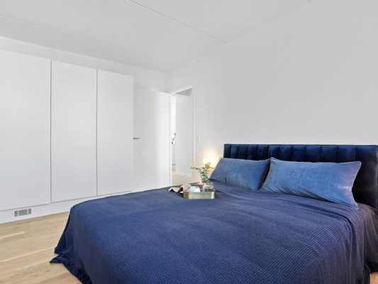 Charles Hope Copenhagen West 3 Bedroom Apartment Bedroom.A